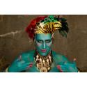 Bollywood och Opera möts i ett festfyrverkeri av färg, musik och toner