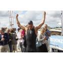 Jonas Colting simmade 640 kilometer och samlade in 660 000 kr till Wateraid