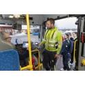 Arbetspendlare i Karlskoga åker med arbetskytteln