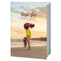 Svenska Yoga Girl släpper sin första bok