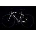 Dekorera cykeln med reflekterande klisterlappar!