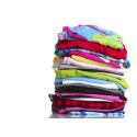 Textilier till återvinning och återbruk, även det som är trasigt och har fläckar