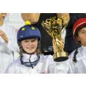 Elvaåriga Stina vann ponnylopp - i Abu Dhabi