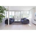 blocket_villa_vardagsrum med grå soffor_bostad