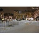 Premiär för konstfrusen skridskobana på Järntorget