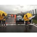 Premiären i TCR för Simon Larsson på Zandvoort med pole position och ösregn