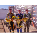 Emil Persson överraskade med seger och mästerskapsledning i V8 Thunder Cars-debuten