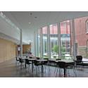Montagegruppen updaterade anrik universitesbyggnad med akustikundertak, akustikputs och ljusinstallationer