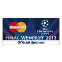 7-åriga Alba från Bromma spelarmaskot på  UEFA Champions League Finalen 2013