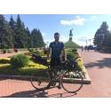 Benify anställd slår världsrekord i cykling – snabbast genom Europa