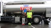 Anton (4) fra Bergen fikk melkebil-drømmen oppfylt