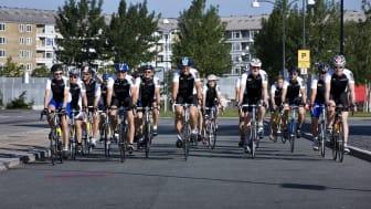 Ambitiös team building: Nestlé Nordens ledningsgrupp cyklar från Danmark till Schweiz