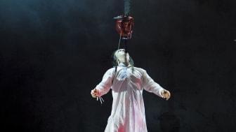 """Cirkus Cirkör """"Wear it like a crown"""" - Nerves of steel - Jesper Nikolajeff"""