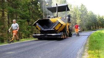Premiär för Volvos nya asfaltläggare