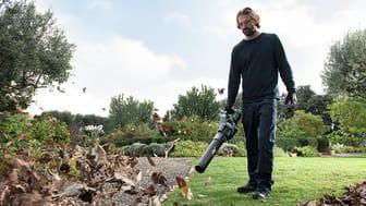 Batteridriven tromb gör vårfint i park & trädgård
