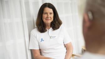 - Samtal med patienten är en viktigt del av behandlingen här på hjärtsviktscentrum, menar chefsjuksköterskan och initiativtagaren Camilla Andersson. Foto: Johan Adelgren.