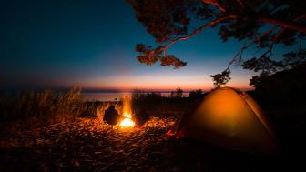 Eldarnas natt är avslutningen på sommaren i Estland, en tradition som förenar grannländerna vid Östersjön.