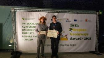 Pascal Tönnissen (RTG) und Grischa Schilgen-Begaß (RVR) bei der Preisverleihung des European Greenways Award in Valencia
