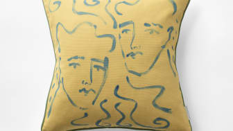 Svenskt_Tenn_Cushion_Endymion_Hand_Painted_Yellow_1.jpg