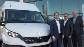 Håkan Jönsson, Mattias Nilsson och Anders Nilsson är nöjda med det nya samarbetet mellan IVECO och Nordic Truckcenter.