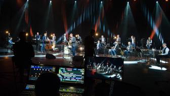 Inspelningen av den digitala konsert som nu går att se via Bohuslän Big Bands hemsida. Foto: Anneli Johansson/Vara konserthus