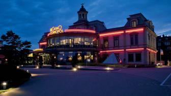 Casino Cosmopol i Sundsvall öppnade i juli 2001. Nu avvecklas verksamheten på grund av fallande besökssiffror och problem med  lönsamheten.