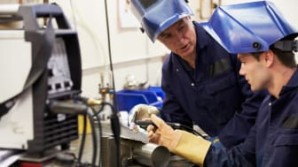 Når der for tiden er jobfremgang i Danmark, skyldes det blandt andet udlændinge og ældre. Det vurderer Dansk Industri.