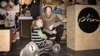 Biler til junior på Berlins pop-up holy shit shopping