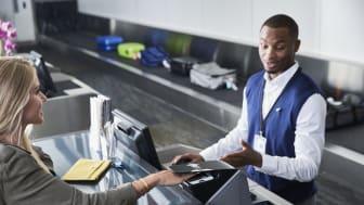 65 procent av svenska konsumenter tycker att biometriska betalsätt är både säkrare och lättare att använda jämfört med traditionella lösenord.