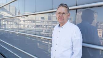 """Pensjonistforbundets generalsekretær Harald Olimb Norman mener statsråd Torbjørn Røe Isaksen sprer """"fake news"""" etter trygdeoppgjøret. (Foto: Pensjonistforbundet)"""