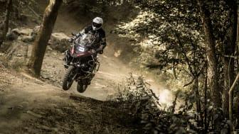 Adventurecross AX41