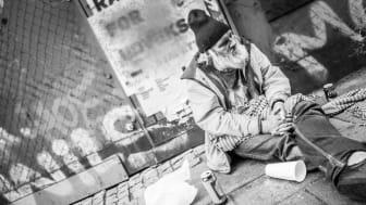 Hur man kan presentera en ständig nyrekrytering av hemlösa personer som en framgång är en gåta? Foto: Equal