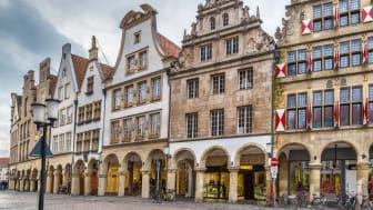 Münster: Prinzipalmarkt Market Square; ©gettyimages; F. Borisb17