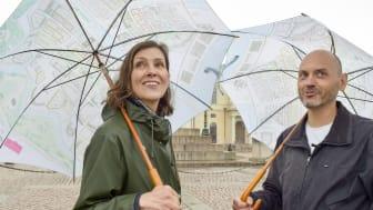 Ylva Berglund och Håkan Strömberg från Stadsmuseet ska svara på göteborgarnas frågor. Foto: Isa Andersson