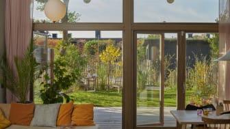 Brf Shiitake - utsikt mot trädgården