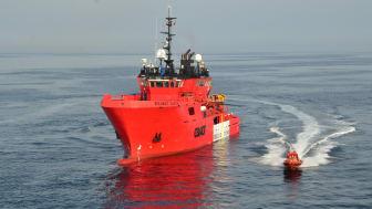 Stigende aktivitet fra efteråret og igen i foråret har fået flere ESVAGT-skibe i arbejde; senest 'Esvagt Castor' (foto) og 'Esvagt Carpathia'.