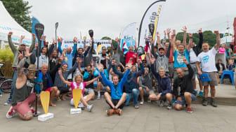 Jubel bei den Teilnehmern des ersten SUP-Halbmarathons in Kiel