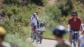 TERRES DE L'EBRE. Familjeturism  Els Ports, bergs- och naturdestination för familjer