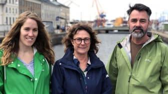 Jenny Aleryd, Maria Andersson och Anders Karlsson är tre av socialarbetarna som arbetar med Ungdomsenhetens föräldratelefon. Foto: Anders Magnusson.