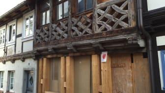 Schon abreißen oder noch sanieren? Auch bei schlechten Bauzuständen gelingt es dem Profi oft, ein Bauwerk zu erhalten.