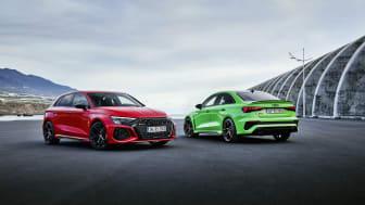 Audi RS 3 Sportback (Tangorød) og RS 3 Limousine (Kyalamigrøn)