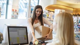 Für Kunden ein Mehrwert: Der neue dm-Paketservice © dm-drogerie markt / Uli Deck