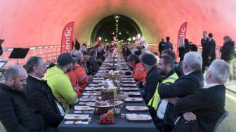Scandic-hotellene i Stavanger serverte frokost til 100 gjester 250 meter under havet