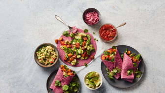 Chili-&-lime-taco-with-beetroot-tortilla-uncropped