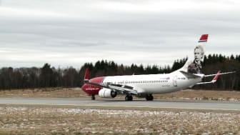 Landing LN-NOB at BGO