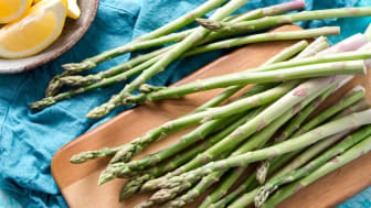 Asparagus – a non-native crop rarely used in Peruvian cuisine – make up one of Peru's top exports. (Photo by Christine Siracusa on Unsplash)