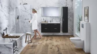 Valkoinen, musta ja harmaa ovat nyt trendivärejä kylpyhuoneessa.