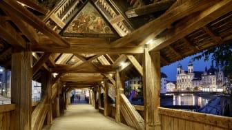 Totentanz auf der Spreuerbrücke in Luzern (barocker Gemäldezyklus)