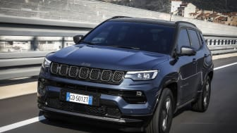 6.  New Jeep� Compass 80th Anniversary