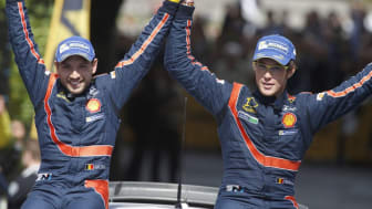 Thierry Neuville and Nicolas Gilsoul, Hyundai Shell World Rally Team